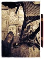 mon pied, pied de chaise et pied de table